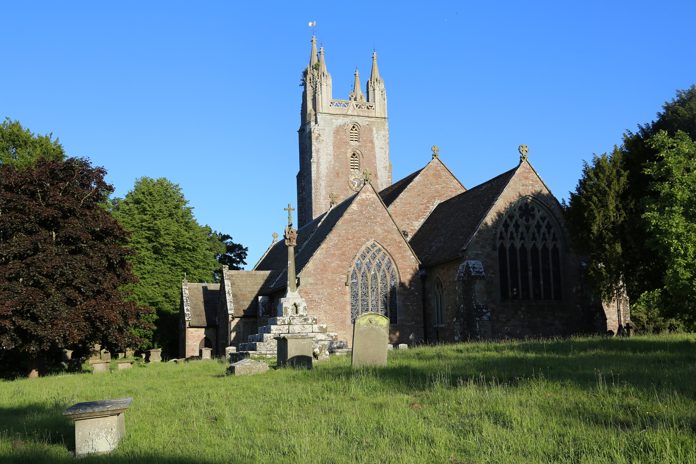 All Saints Church in Newland, home to the tomb of Sir John Greyndour